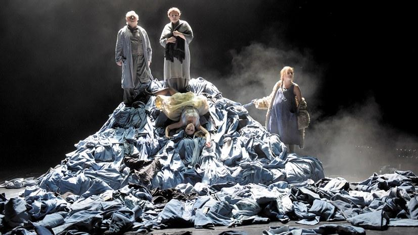 Wenn die Weber (wieder) aufstehn – eine Theaterbesprechung