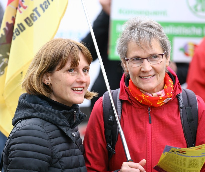 """""""Die MLPD erkämpft in bewegten Zeiten ihre gesamtgesellschaftliche Rolle"""" Interview mit Gabi Fechtner, Vorsitzende der MLPD"""