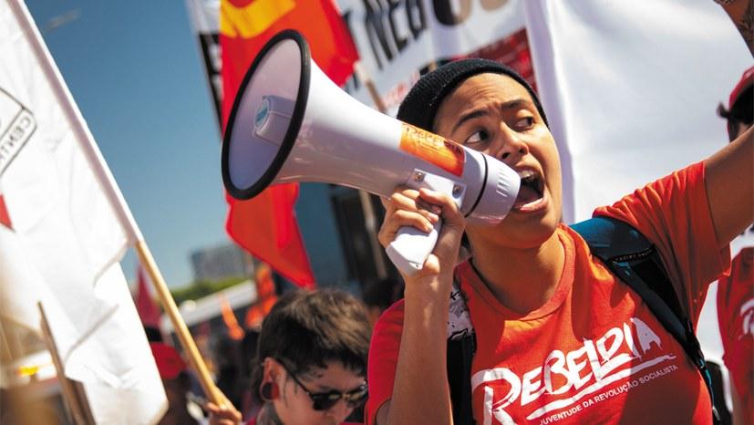 Brasilien: Leben und Kampf des Volkes sind neu herausgefordert