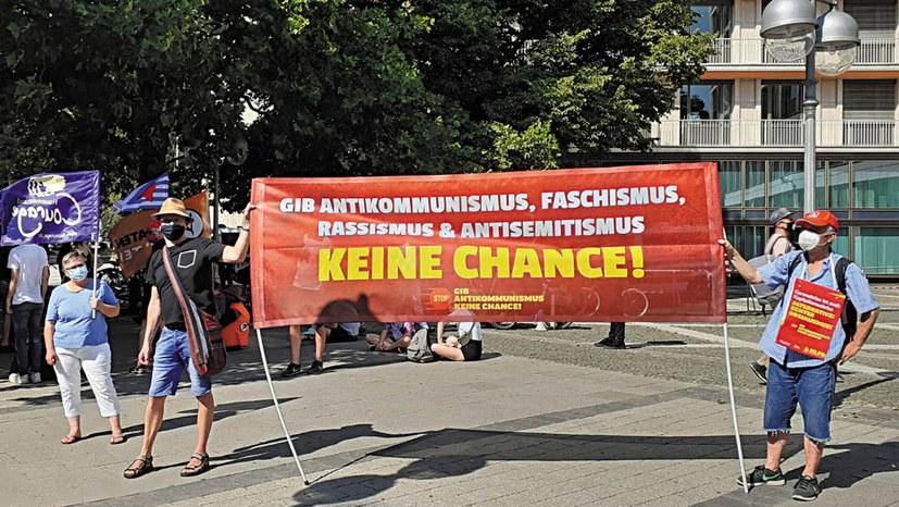 """""""Querfront"""" – faschistische Taktik in neuem Gewand"""