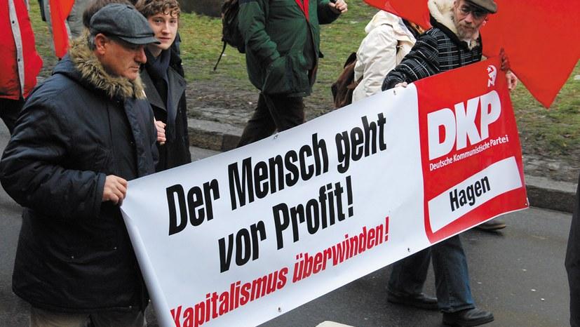 """DKP-Vorstand erstarrt vor der """"Offensive"""" des Monopolkapitals"""